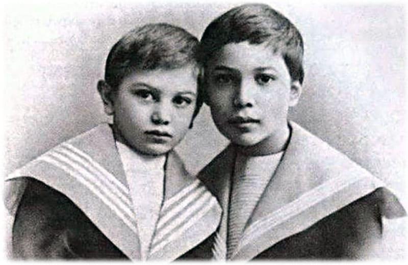 Борис Пастернак фото в детстве