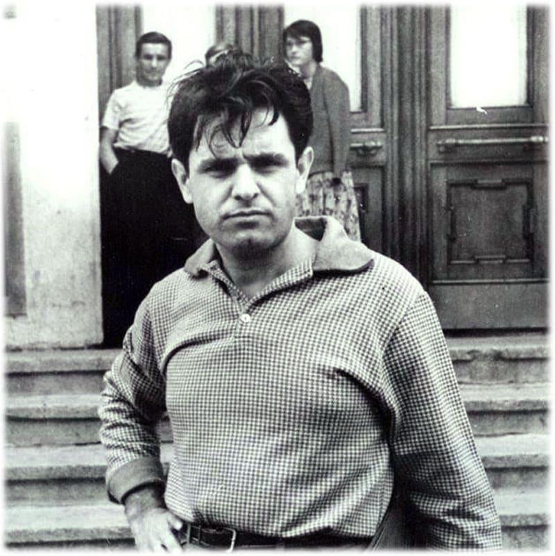 Фазиль Искандер фото в юности