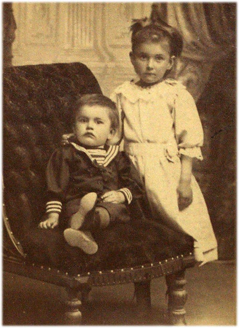 Маяковский. Фото в детстве