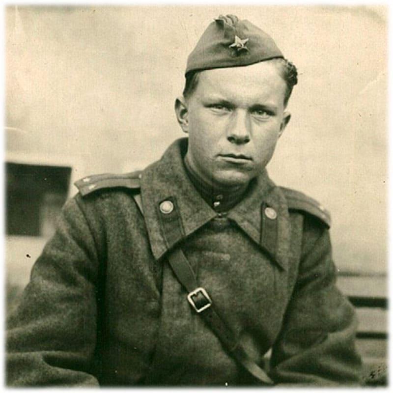 Лейтенант Василь Быков